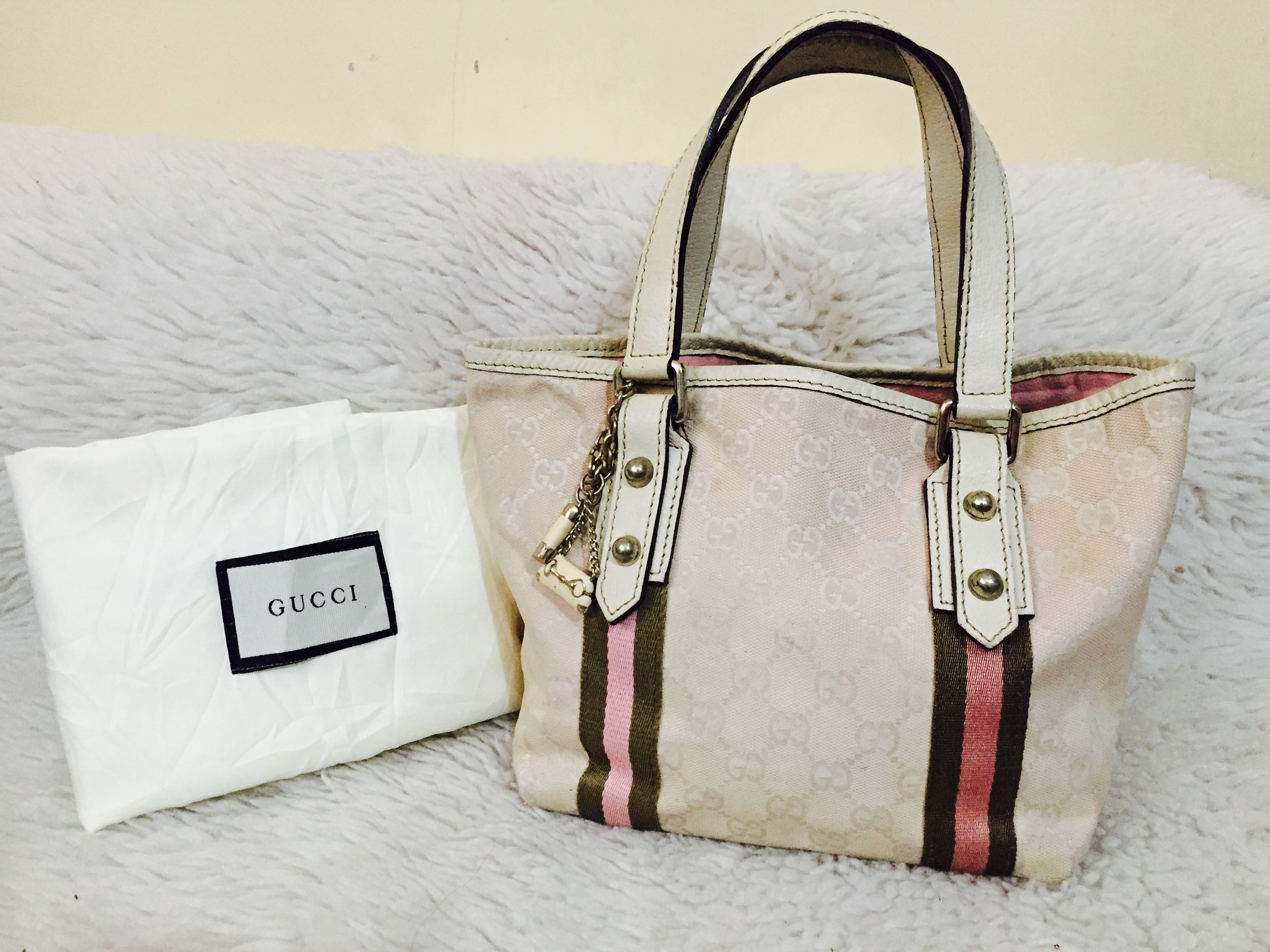 c967cae39a0 Authentic Gucci Canvass Tote Bag with Charm