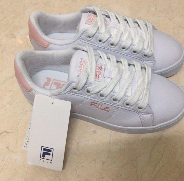 FILA Court Deluxe Strawberry Milk White