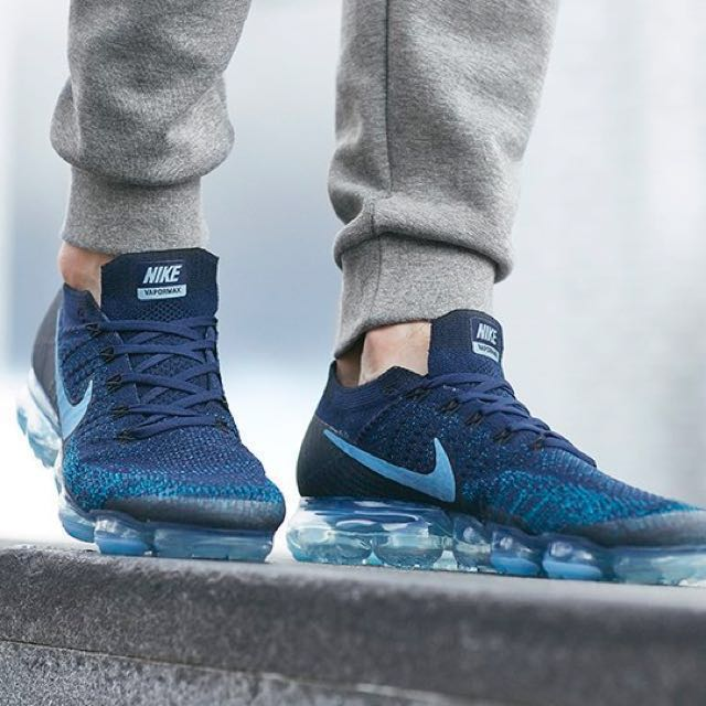 hot sale online 45b4c ebc47 JD SPORTS Nike Air Vapormax Flyknit, Men's Fashion, Footwear ...