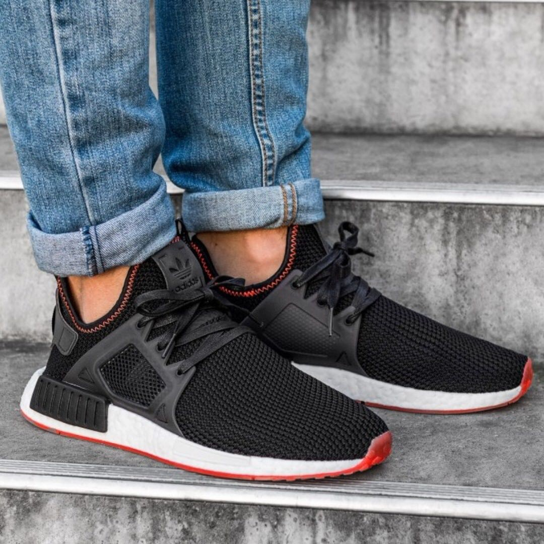 552575681 PO) Adidas Mens NMD XR1 Black Solar Red