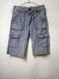 🚚 二手bossini12歲男童七分褲