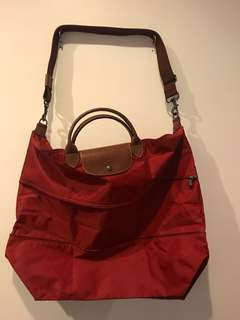 Longchamp Travelling Bag w Strap & expandable