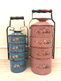A pair of Peranakan tingkat / tiffin