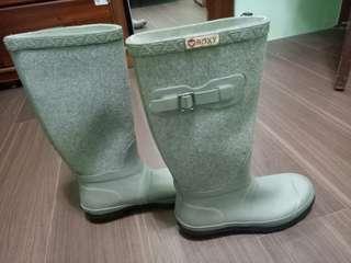 🚚 Roxy 灰色雨鞋