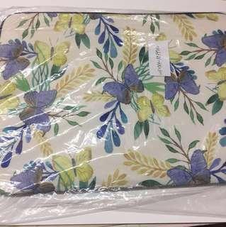 Casetify macbook notebook bag