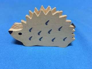 刺蝟木質膠紙座