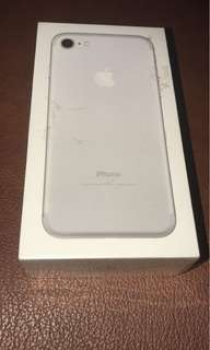 Apple iPhone 7 256GB Silver - Garansi Resmi