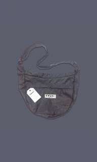 DAILY BASIC SLING BAG   KROME