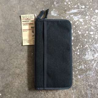 MUJI PASSPORT CASE