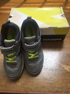 Diadora Rubber Shoes