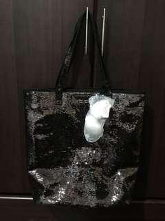 Victoria's Secret tote bag (w/ tag)