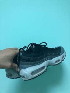 Nike airmax95 黑灰漸層 快帶走🙏🏻