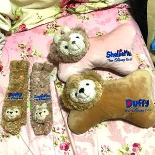 香港迪士尼 Duffy & ShellieMay 頸枕 + 安全帶套  汽車用品  HK Disneyland