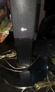 LG 1 pair speakers