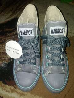 Warrior classic shoes gray tosca