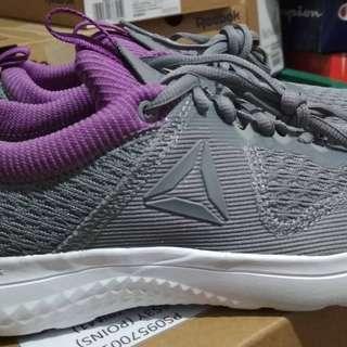 Sepatu Reebok Original women
