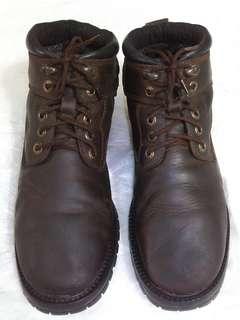 Sepatu Boots Camel Aktive