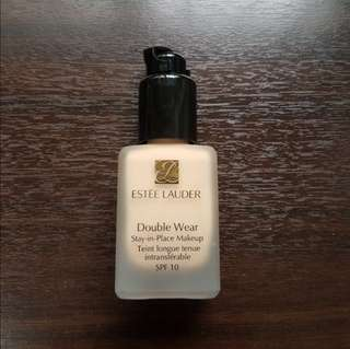 estee lauder double wear stay in place foundation 1N2 ecru makeup spf 10 with mac pump