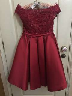 Short cocktail gown (red lace off shoulder)