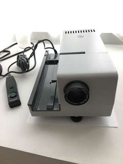Braun slide projector