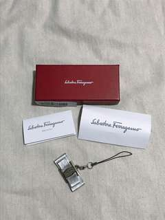 Salvatore ferragamo chanel