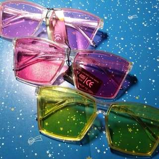 Square candy-colored Sunnies