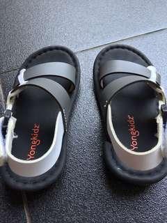 Sepatu Sendal Cowok