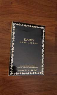 NEW Marc Jacobs Daisy