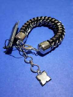 100% Authentic BCBGMAXAZRIA Bracelet