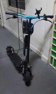Darknight escooter