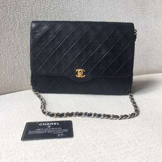 AUTHENTIC CHANEL Medium Lambskin Flap Bag
