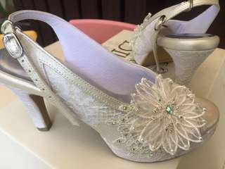 Donamici Shoes size 38 (still new)