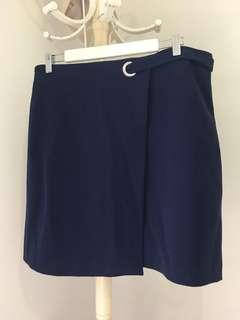 TOKITO size 16 Navy skirt