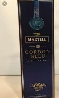 舊版藍帶馬爹利700ml box, 每個