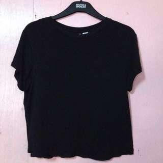Pre-Love black shirt good as new 😊
