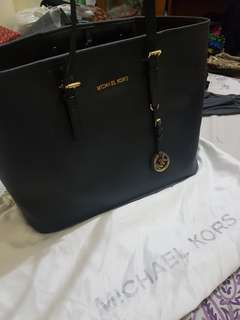 Michael kors bag jetset travel sz(black)