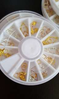 Nail Art Studs In Wheel
