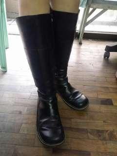 KICKERS Kneehigh boots