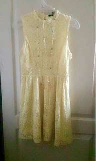 Forever 21 canary yellow lace dress