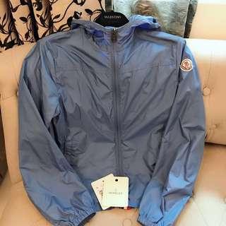 🚚 真品全新Moncler 藍色夾克