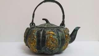 八仙青铜壶