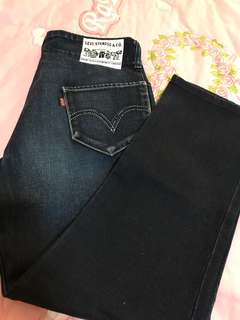 Authentic Levi's Dark Denim Size 30