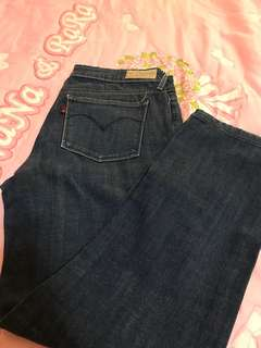 Authentic Levi's Jeans Size 28
