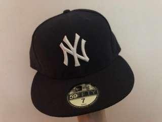 New Era -NY black cap 99% new