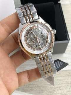 最新款🔥🔥Emporio Armani阿瑪尼手錶男 機械表時尚鏤空😍鋼帶款AR60002 銀皮款AR60003 金皮款AR60004 錶盤直徑:43mm。型男魅力,感受機芯悅動之美 👍