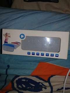 🈹價售出只用一次Bluetooth 音箱可播放MP3