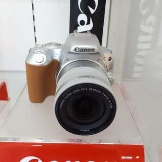 Kamera Canon EOS 200D New Dslr MURAH (Kredit DP 0%)