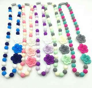 Handmade beads teething necklaces for mums roses design