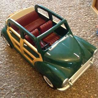 SYLVANIAN FAMILIES GREEN CAR