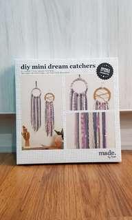 Typo DIY Mini Dream Catchers